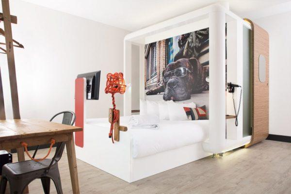 unusual hotels london
