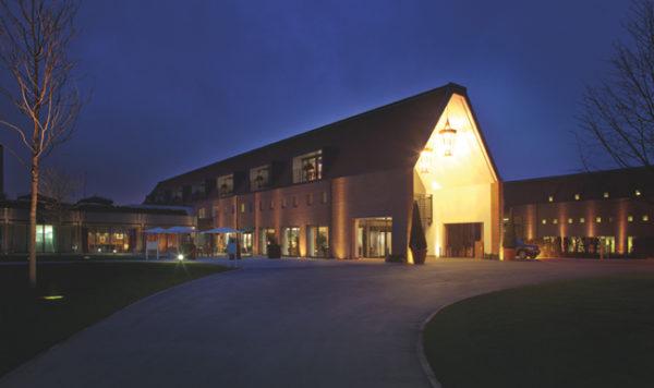 Case Study: Waldorf Hilton Hotel - Hotel Interior Logistics